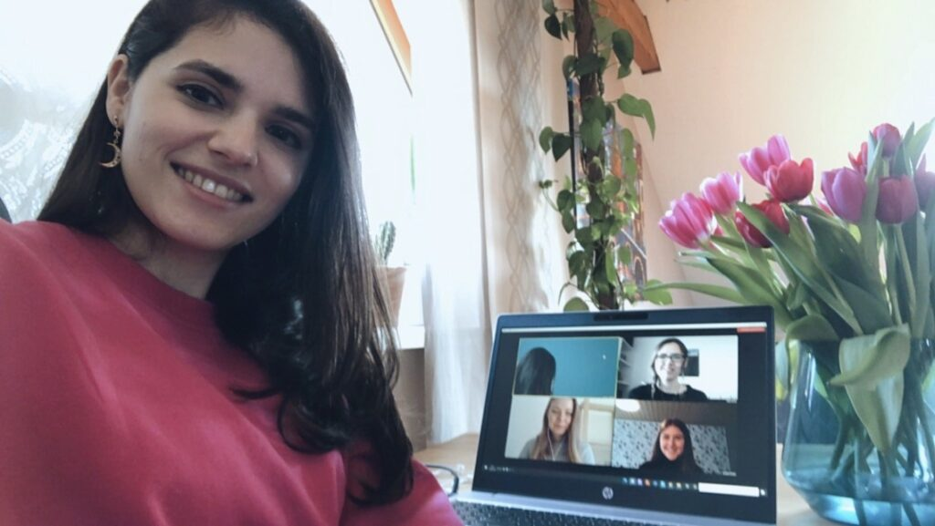 Natalie von MOIO und Eine Stimme für die Pflege