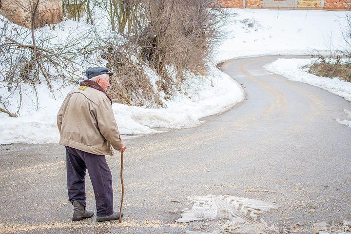 Hinlauftendenz bei älteren Menschen
